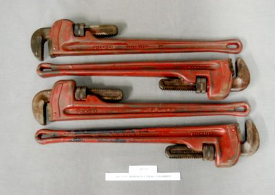 2422+pipe+wrench+1+real+3+rubber+j3-17