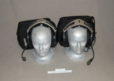 2+bose+aviation+headsets+c4-7
