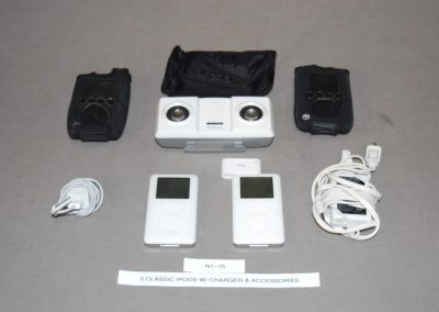 2+classic+ipods+w+charger++accessories+n1-15