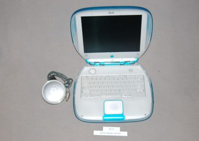apple+ibook+laptop+b2-9