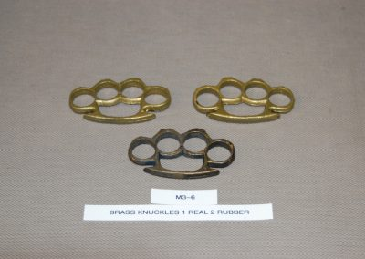 brass+knuckles+1+real+2+rubber+m3-6